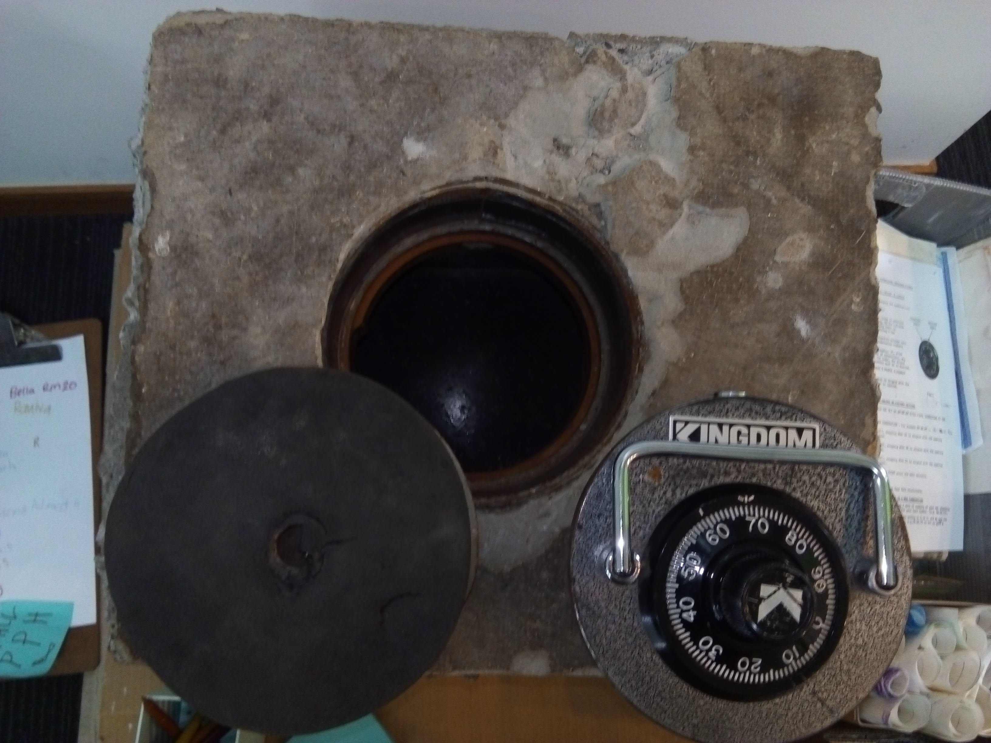 Blockhouse Bay Primary School - Room 15 Found Out about the old safe....