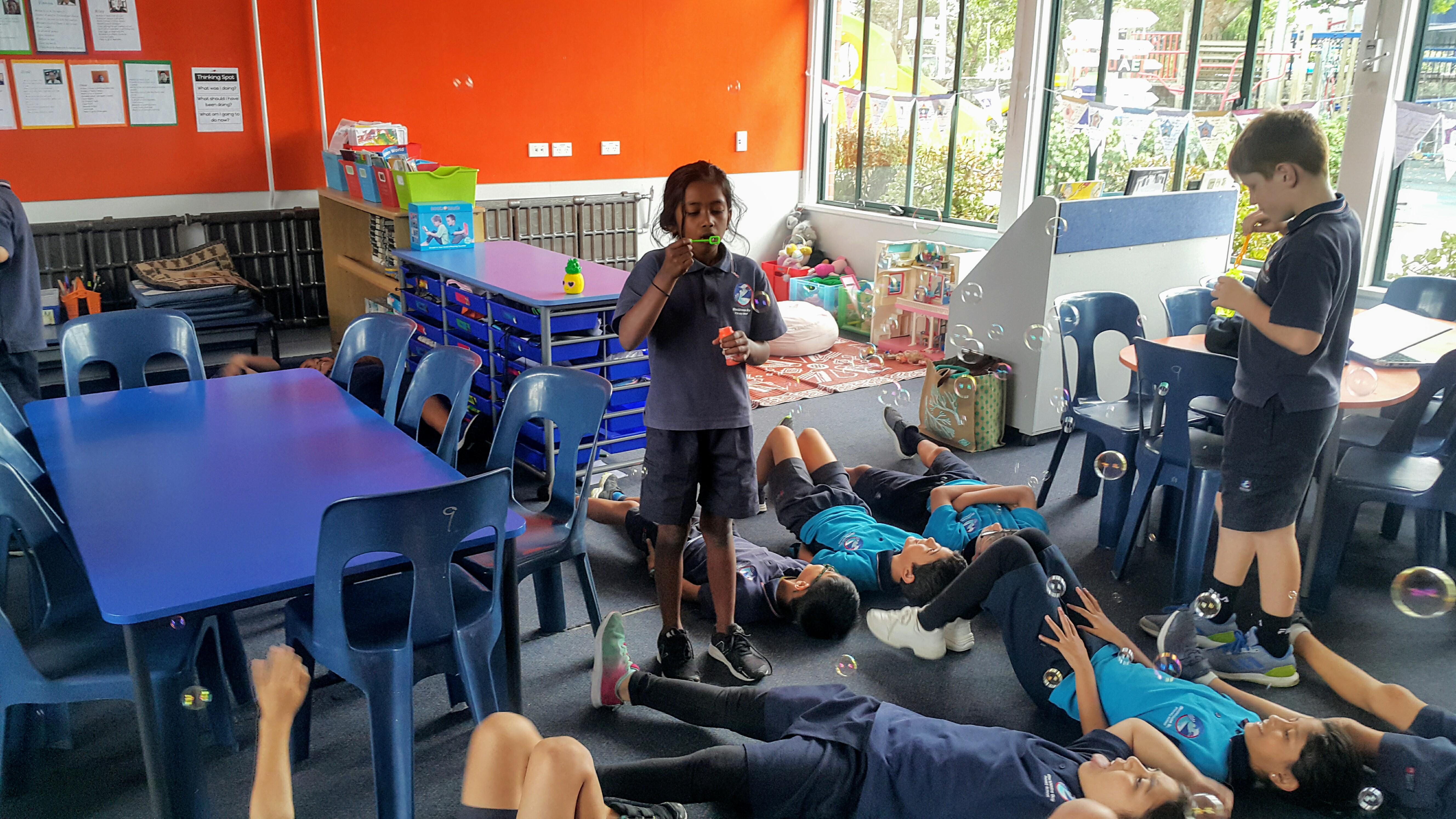 Blockhouse Bay Primary School - Bubbles, Bubbles, Bubbles