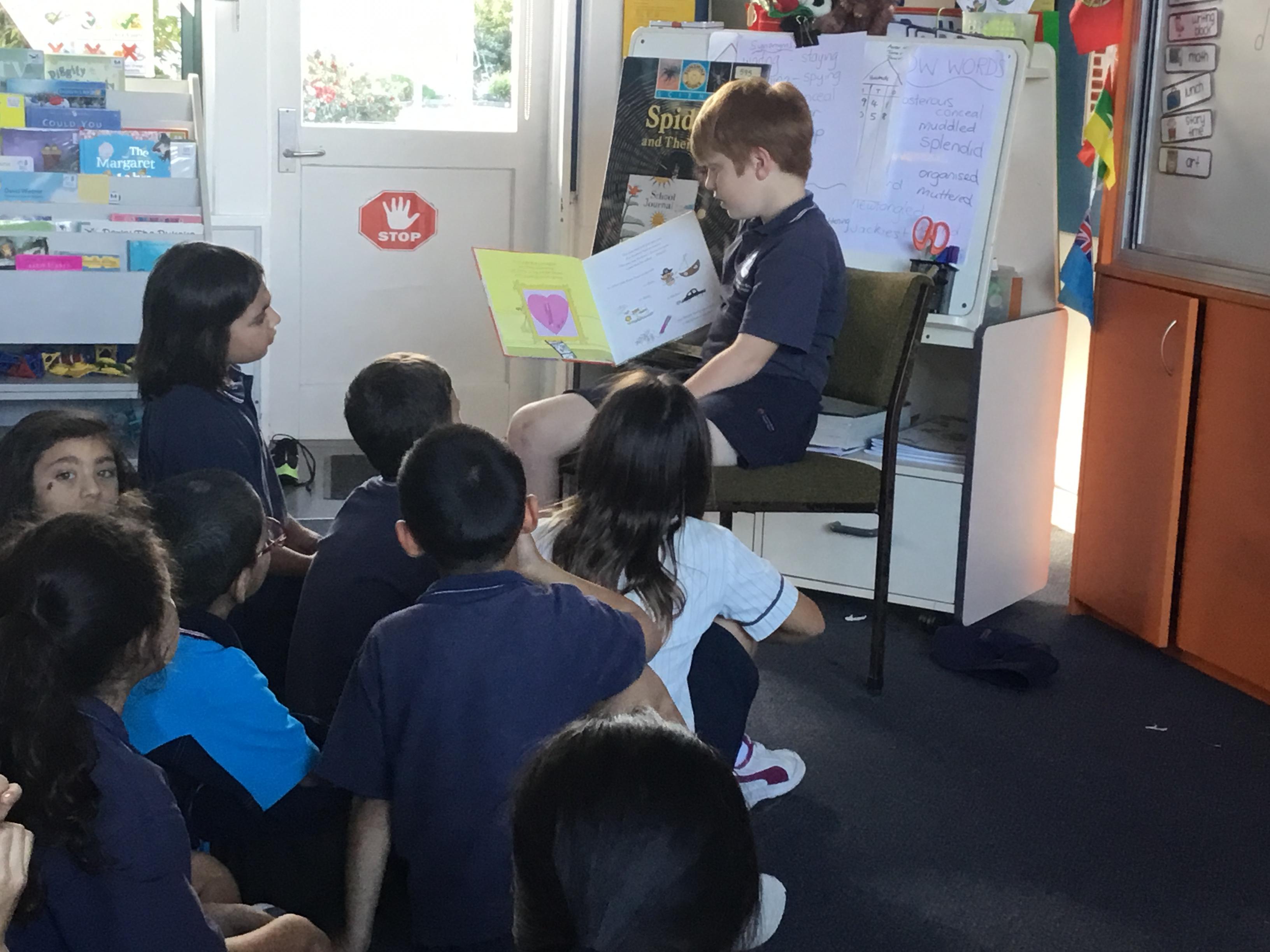 Blockhouse Bay Primary School - Reading to class