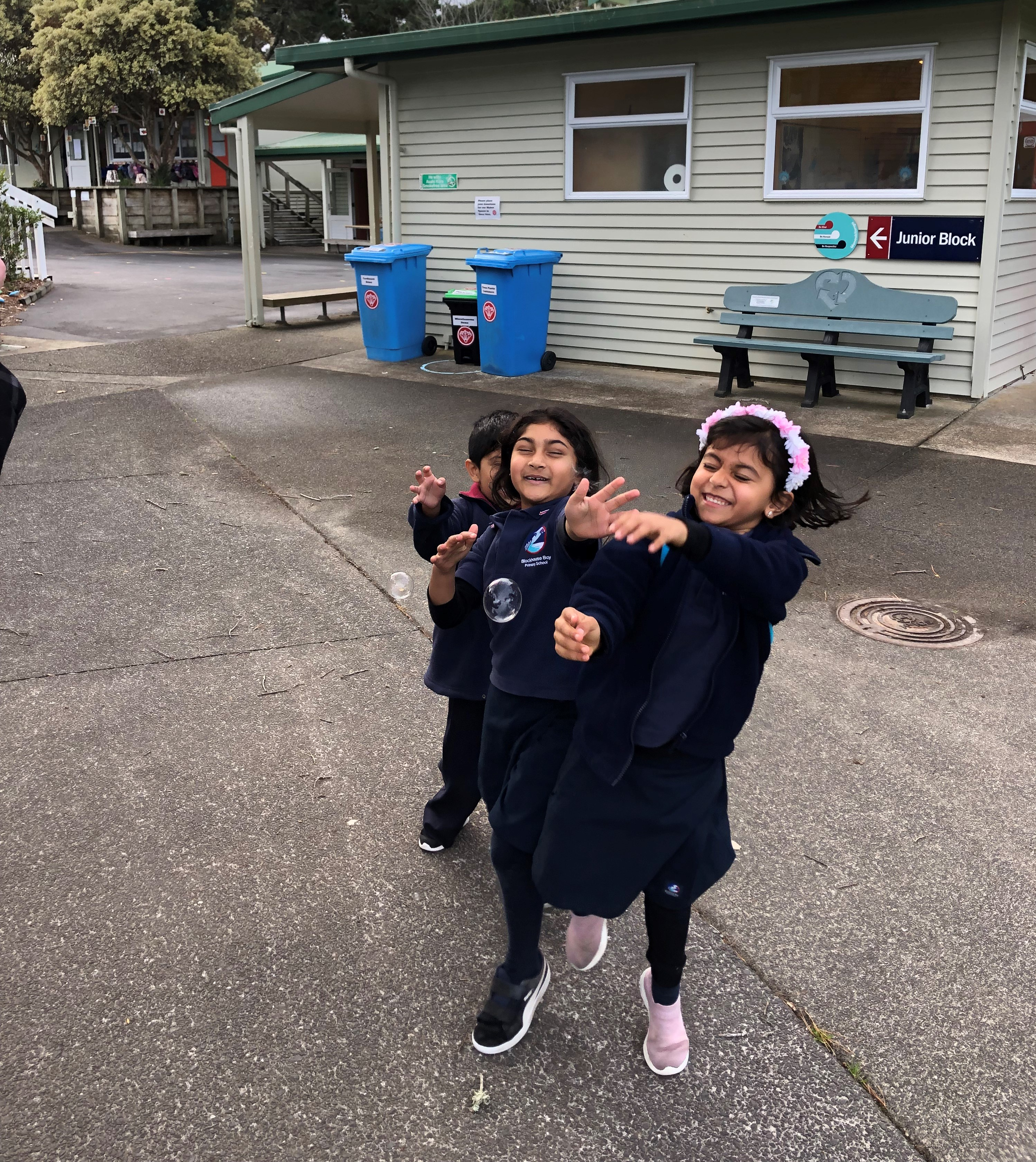 Blockhouse Bay Primary School - Blowing bubbles with Room 18
