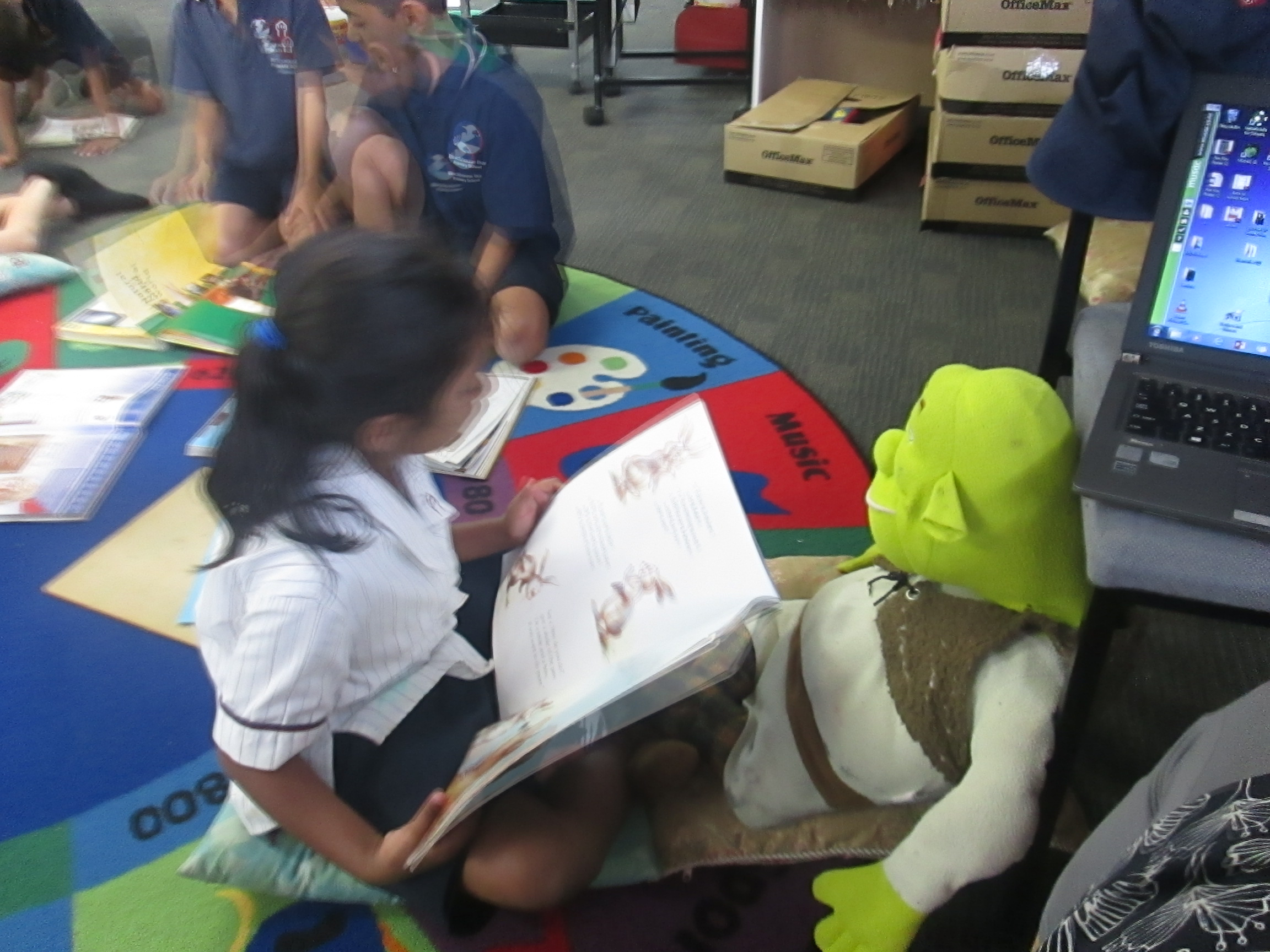 Blockhouse Bay Primary School - Reading to a Friend